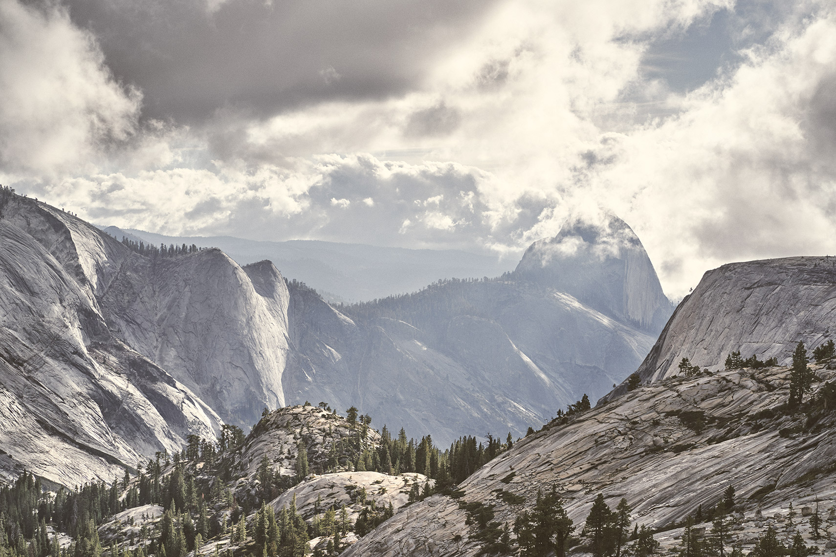 OLMSTED_POINIT_YOSEMITE_BK16074